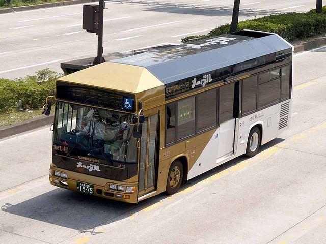 800px-Nagoyacitybus_M-02_me~guru.jpg
